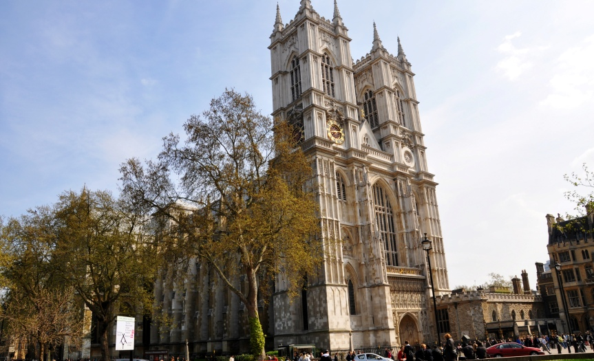 It Is The Traditional Place Of Coronation And Burial Site For English Later British Monarchs Construction Present Church Began In 1245